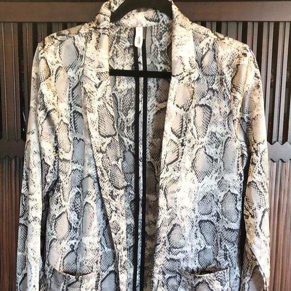 glam Jackets & Blazers - Glam Snakeskin Pattern Lightweight Blazer-Small